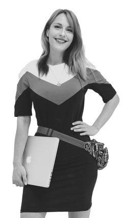 Julia Fey, Assistentin der Geschäftsführung mit Schwerpunkt in den Bereichen SEO, SEA, Social Media Betreuung und Werbetexterin , unterstützt auch Fotoshootings, plant Kampagnen für Werbefotografie, professionelle Fotografie, Printmarketing, Webdesign, Online Shopsysteme, Hosting, Provider und Assistentin des Geschäftsführers der Werbeagentur im Saarland für erfolgreiches Social Media Marketing, SEO und SEA.